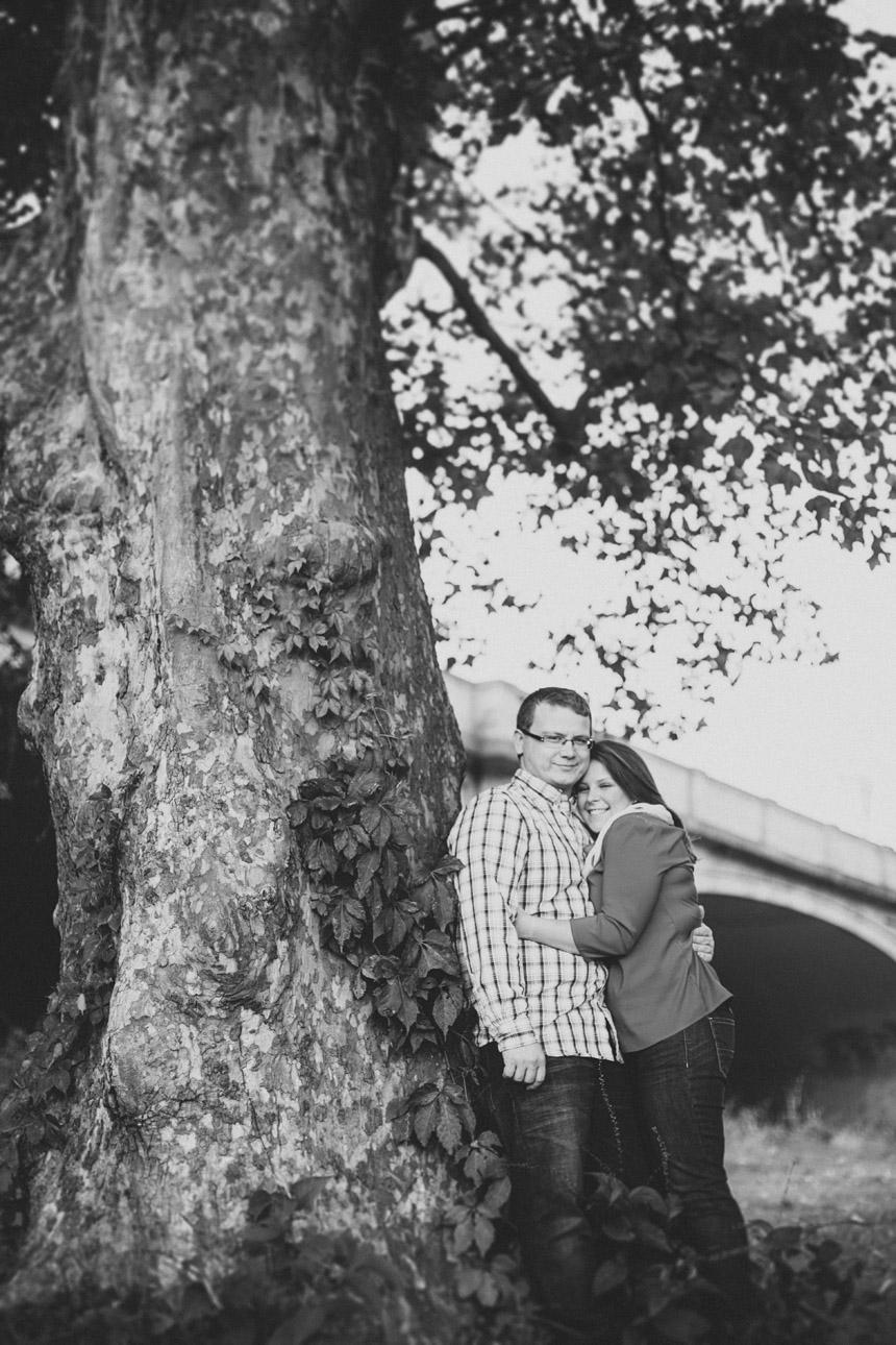 Christine & Damian Kirby Park Engagement Photos 37