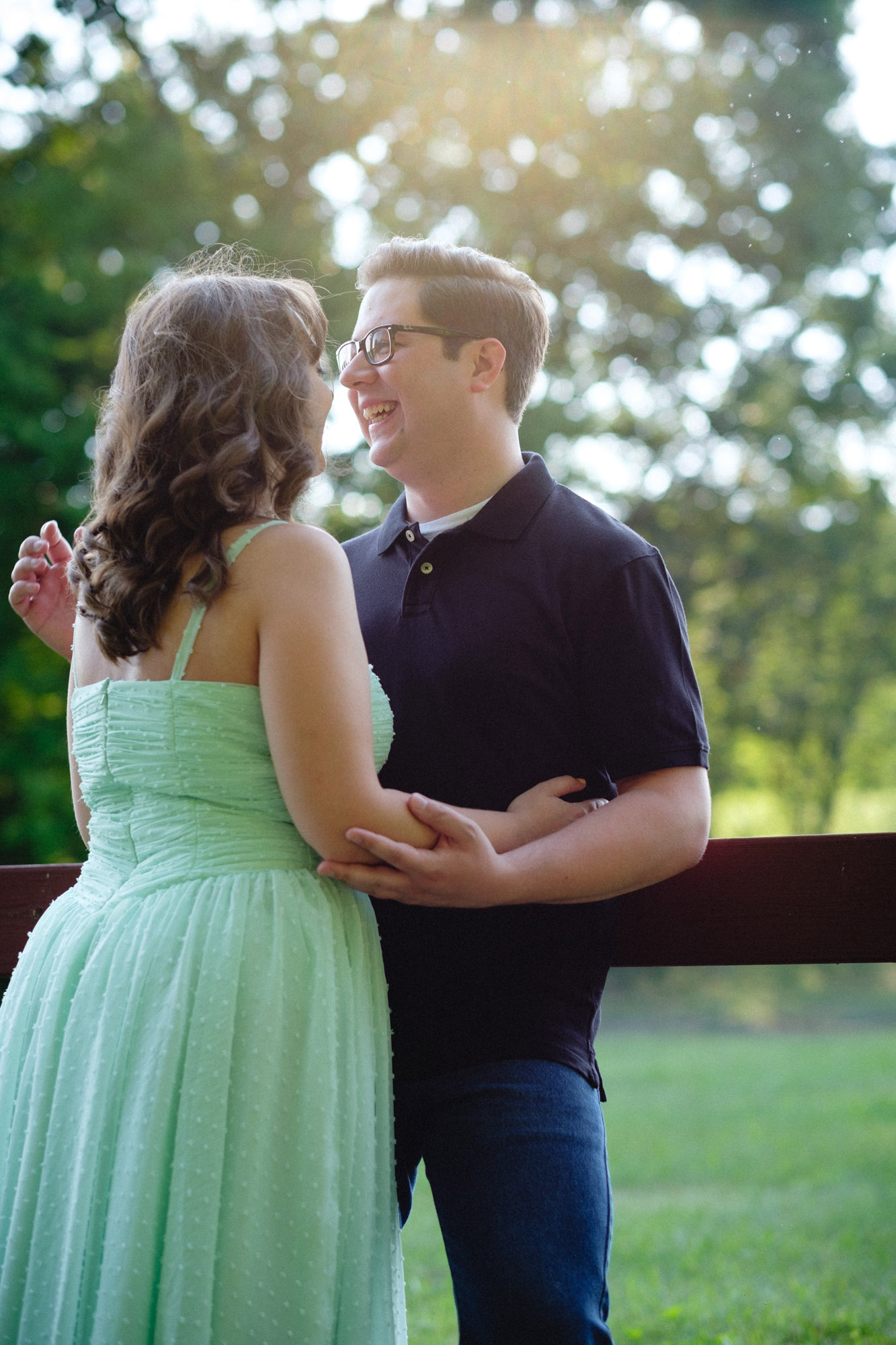 cassie-john-mcdade-park-engagement-photos-02