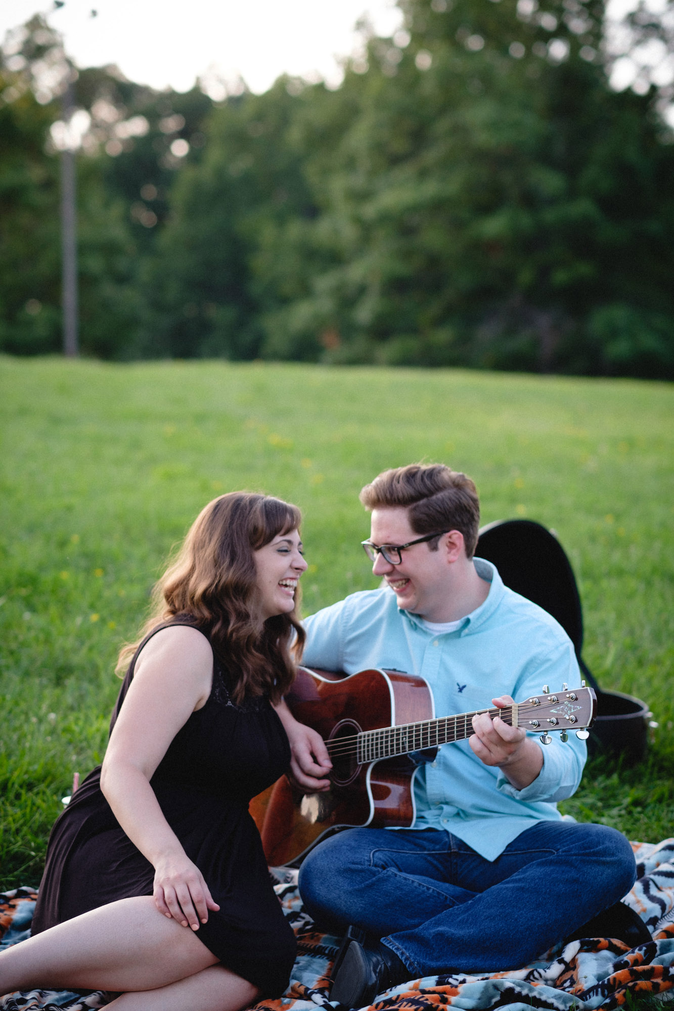 cassie-john-mcdade-park-engagement-photos-28