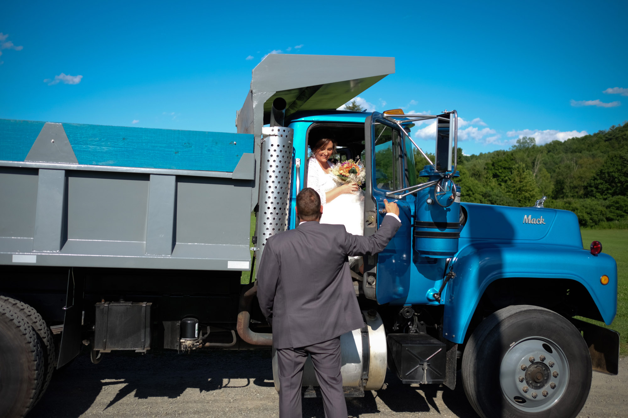 Shawn & Danielle Hot Air Balloon Wedding 05