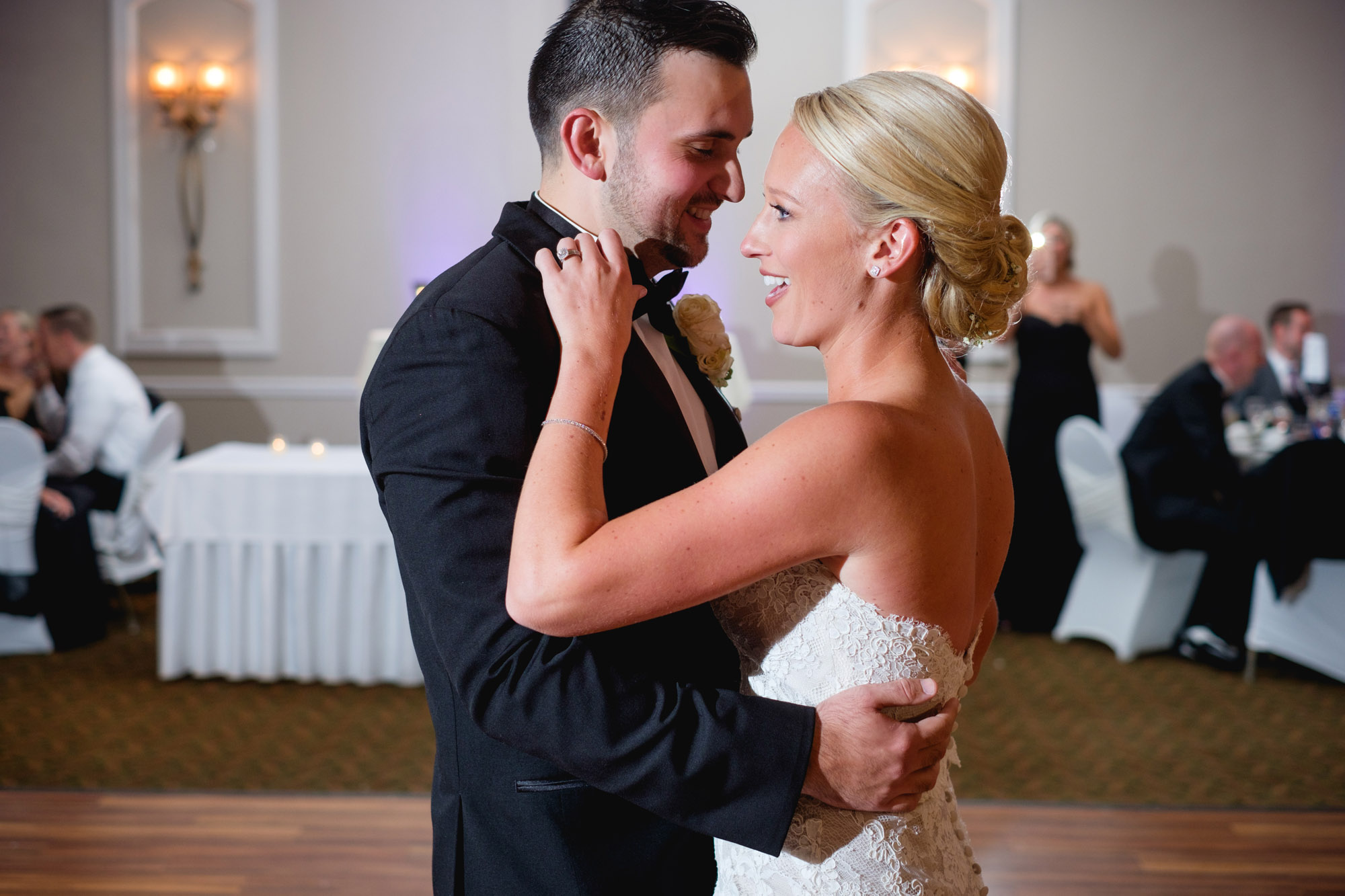 mia-josh-scranton-wedding-photography-090
