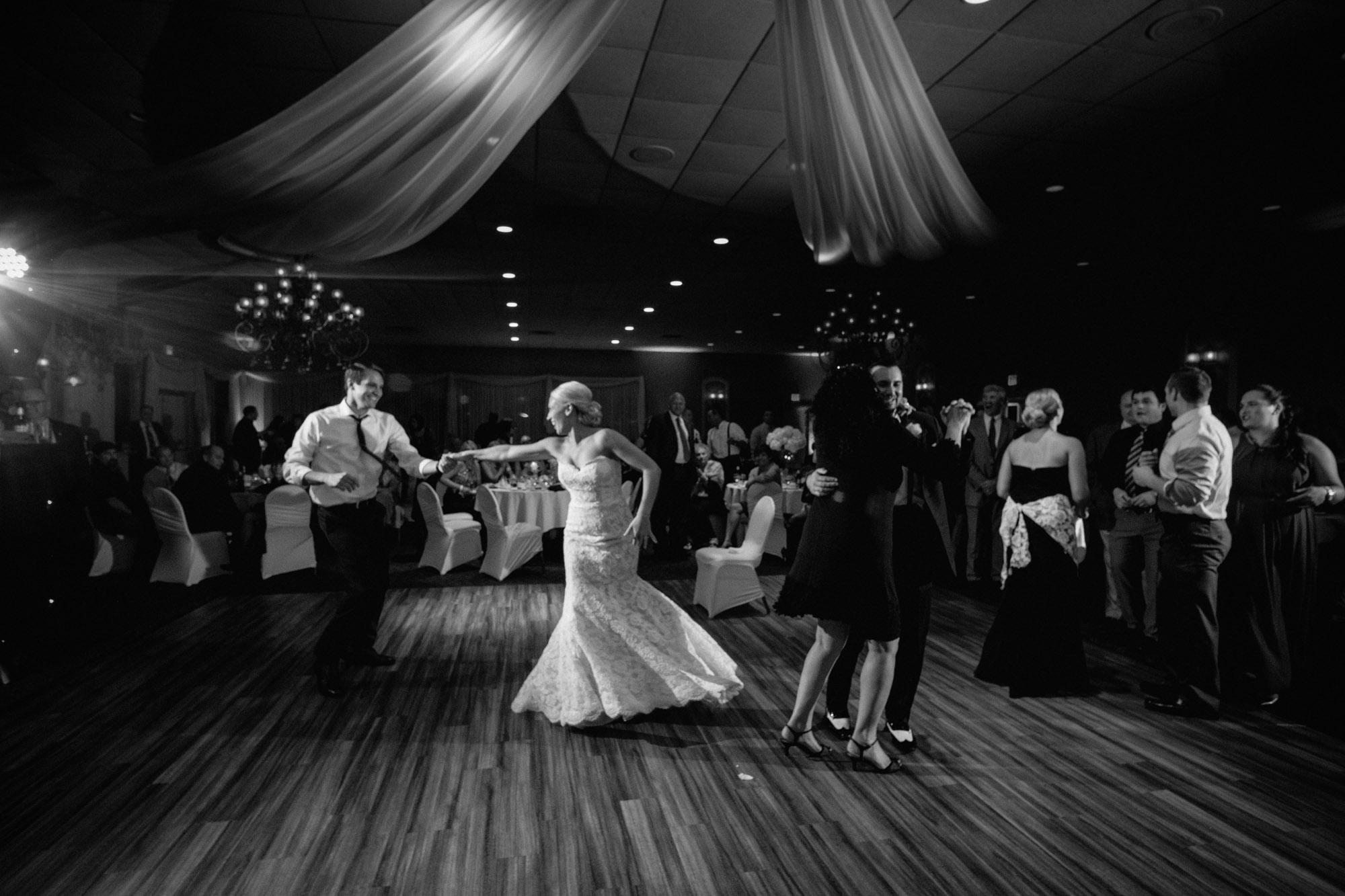 mia-josh-scranton-wedding-photography-102